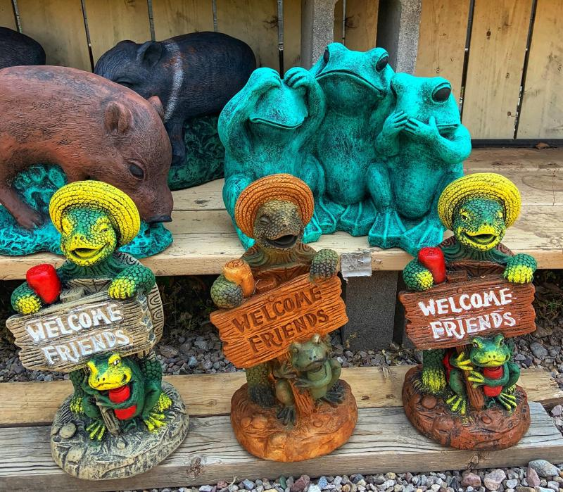 welcome friends garden statues